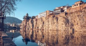 Narikala Fortress sits on the cliffs over the Kura in Tbilisi – Shutterstock