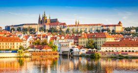 Prague Castle – Shutterstock