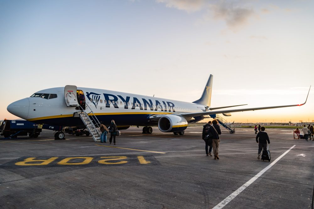 Ryanair pilots have threatened to go on strike before the Christmas holidays – JJFarq / Shutterstock smart bags TripAdvisor Ryanair American Airlines Quebec snowstorm
