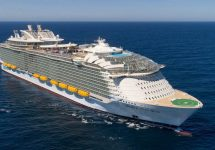 Royal Caribbean worlds largest cruise ship — Credit SBW-Photo