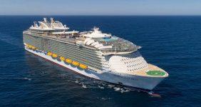 Royal Caribbean worlds largest cruise ship — Credit SBW-Photo