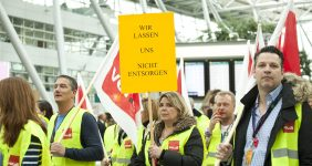 Lufthansa forced to cancel 800 flights because of strikes in Germany — Yulia Reznikov / Shutterstock Lufthansa strikes