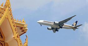 Singapore Airlines has been named the best in the world by Tripadvisor – Komenton / Shutterstock singapore airlines best airlines Tripadvisor