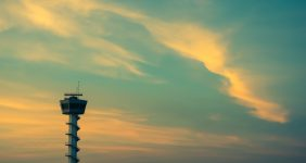 Spanish air traffic controllers threaten to strike