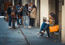 Yulia Grigoryeva / Shutterstock Florence bans eating in historic centre