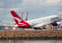 Mehdi Photos / Shutterstock Qantas planning to launch London-Sydney non-stop flight