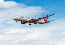Virgin Atlantic 787 Dreamliner breaks speed record —photosounds / Shutterstock