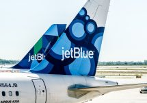 JetBlue might launch low-cost transatlantic flights to London — Roman Tiraspolsky / Shutterstock