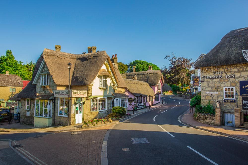 The old village of Shanklin in Isle of Wight — Dinko G Kyuchukov / Shutterstock