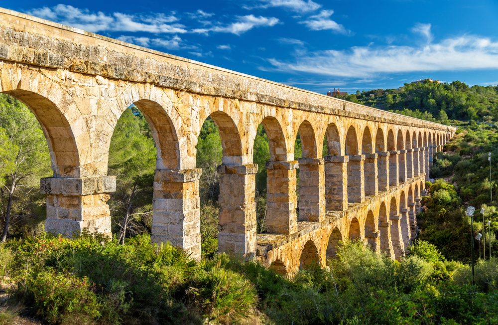 This devil's bridge is part of the Roman aqueduct built to supply water to the ancient city of Tarraco — Shutterstock