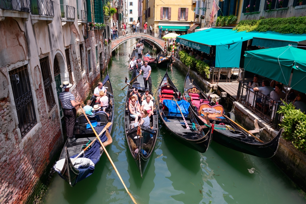 The tourist tax of up to $11 could help against overtourism —  Stanislav Samoylik / Shutterstock