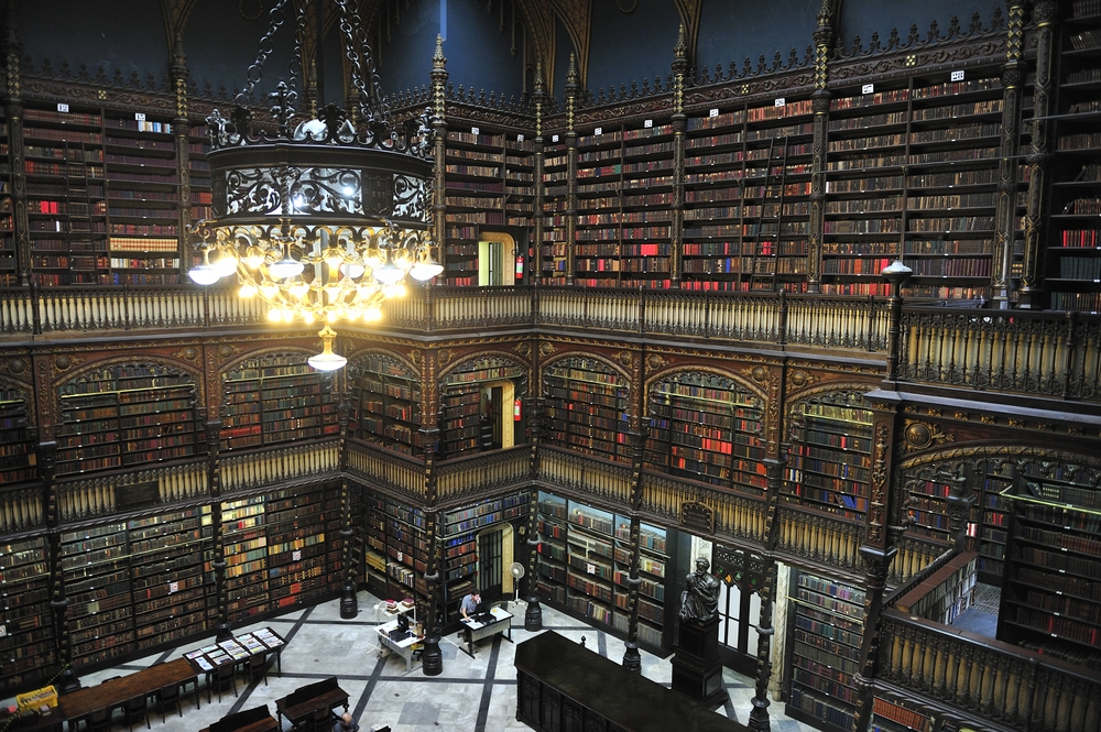 The library's style is the neomanuelino, or a revival style from the 19th century which adopted Gothic-Renaissance from the times of Portuguese discoveries — T photography / Shutterstock