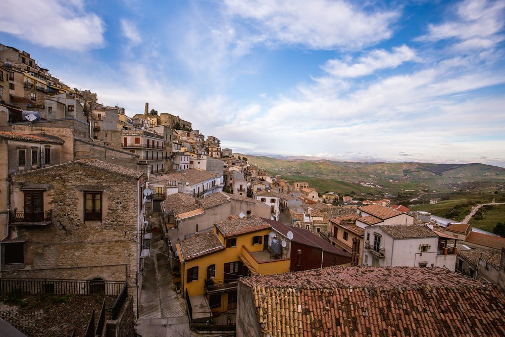 """""""I can't stand to see this gorgeous, old historical center empty and turn into a ruin,"""" the mayor says — Andreas Zerndl / Shutterstock Another Italian town offers free houses to new residents Another Italian town offers free houses to new residents"""