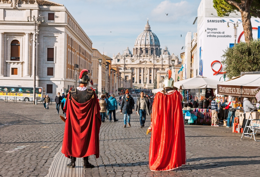 Street performers are also on their way to eradication from the streets of Rome — BOOCYS / Shutterstock