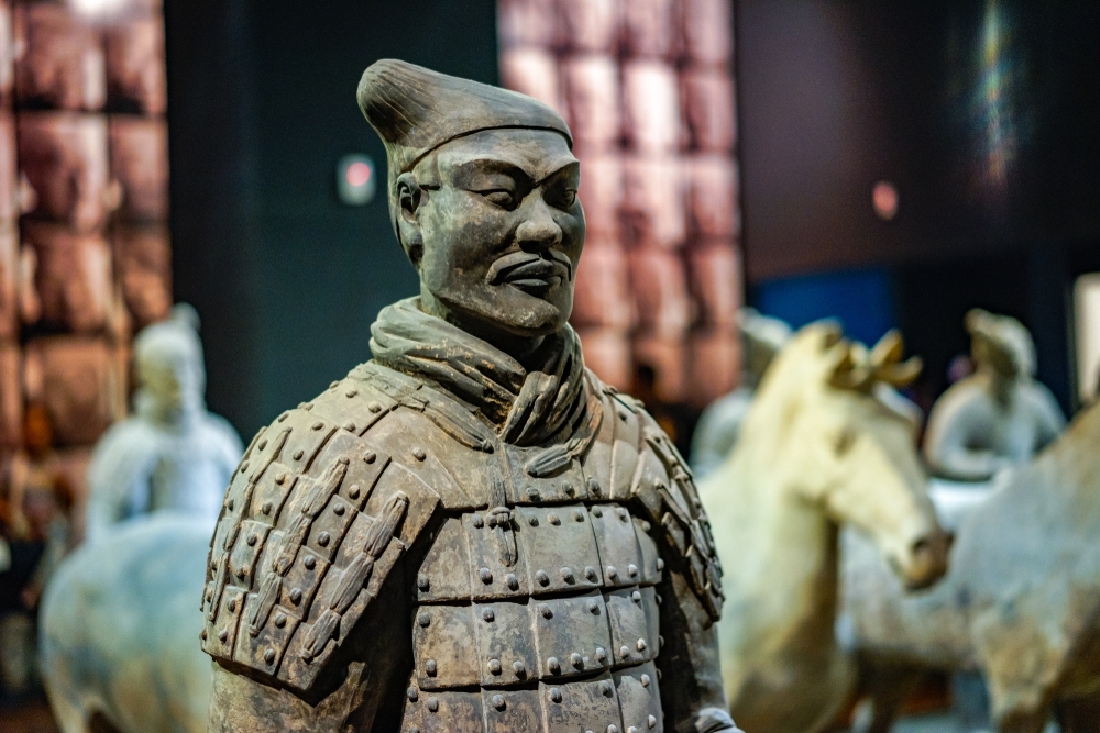 Archeologists discovered another 200 terracotta warriors, 12 clay horses, and bronze weapons — Shutterstock 200 more terracotta warriors discovered in China
